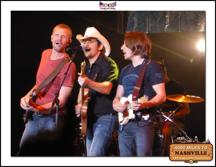 Brad Paisley & Band at Country to Country 2014