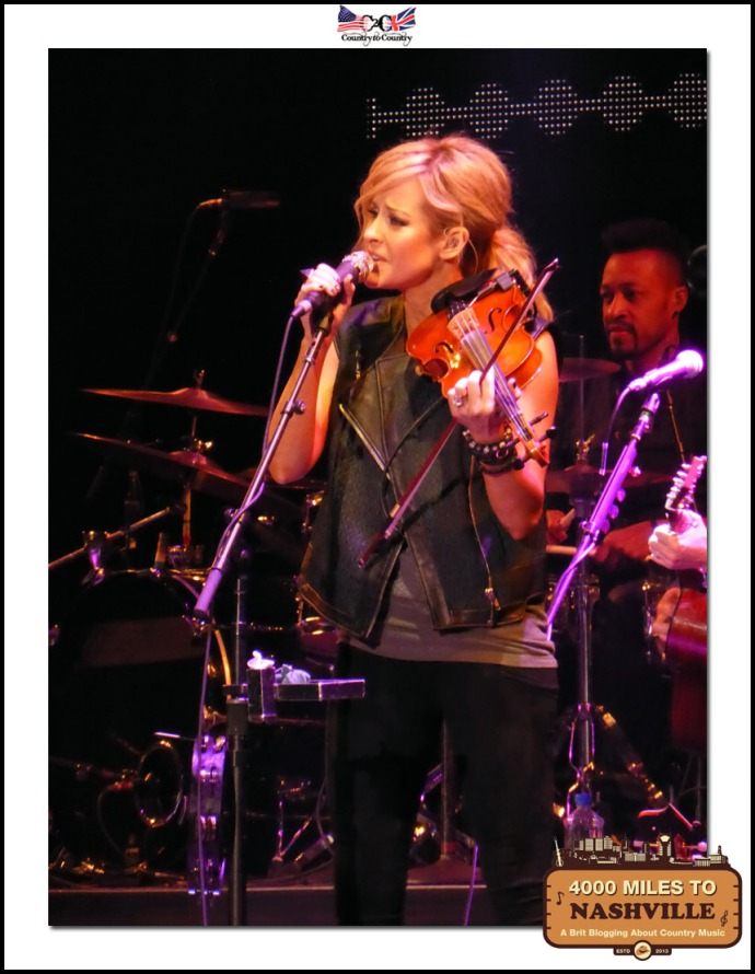 Martie Maguire of Dixie Chicks Singing and Playing Beautifully, as Always