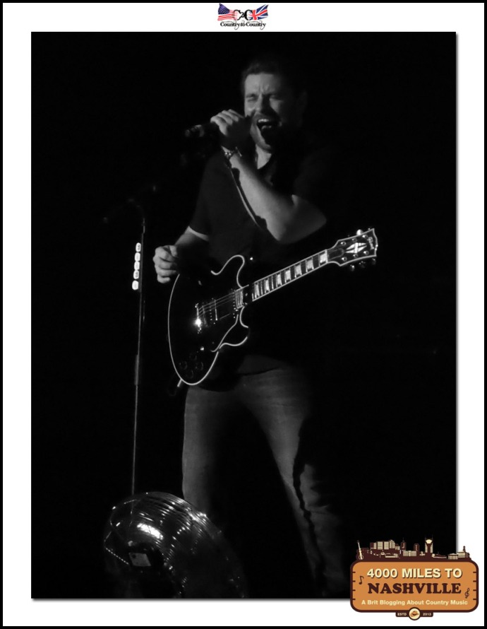 Country Music Photo Friday: Chris Young